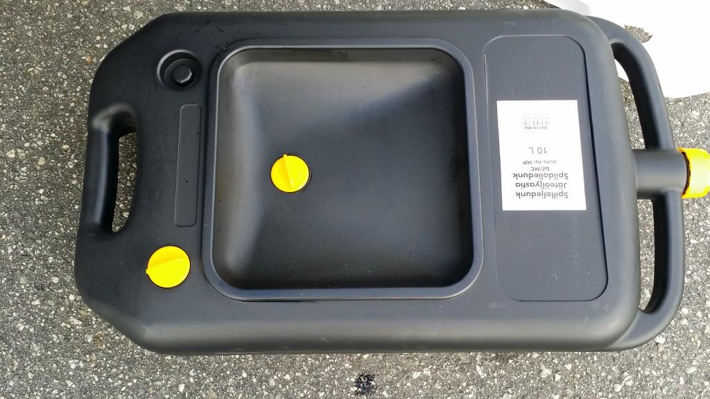 spill oil canister